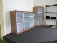 Display Pajangan Untuk Produk Kantor