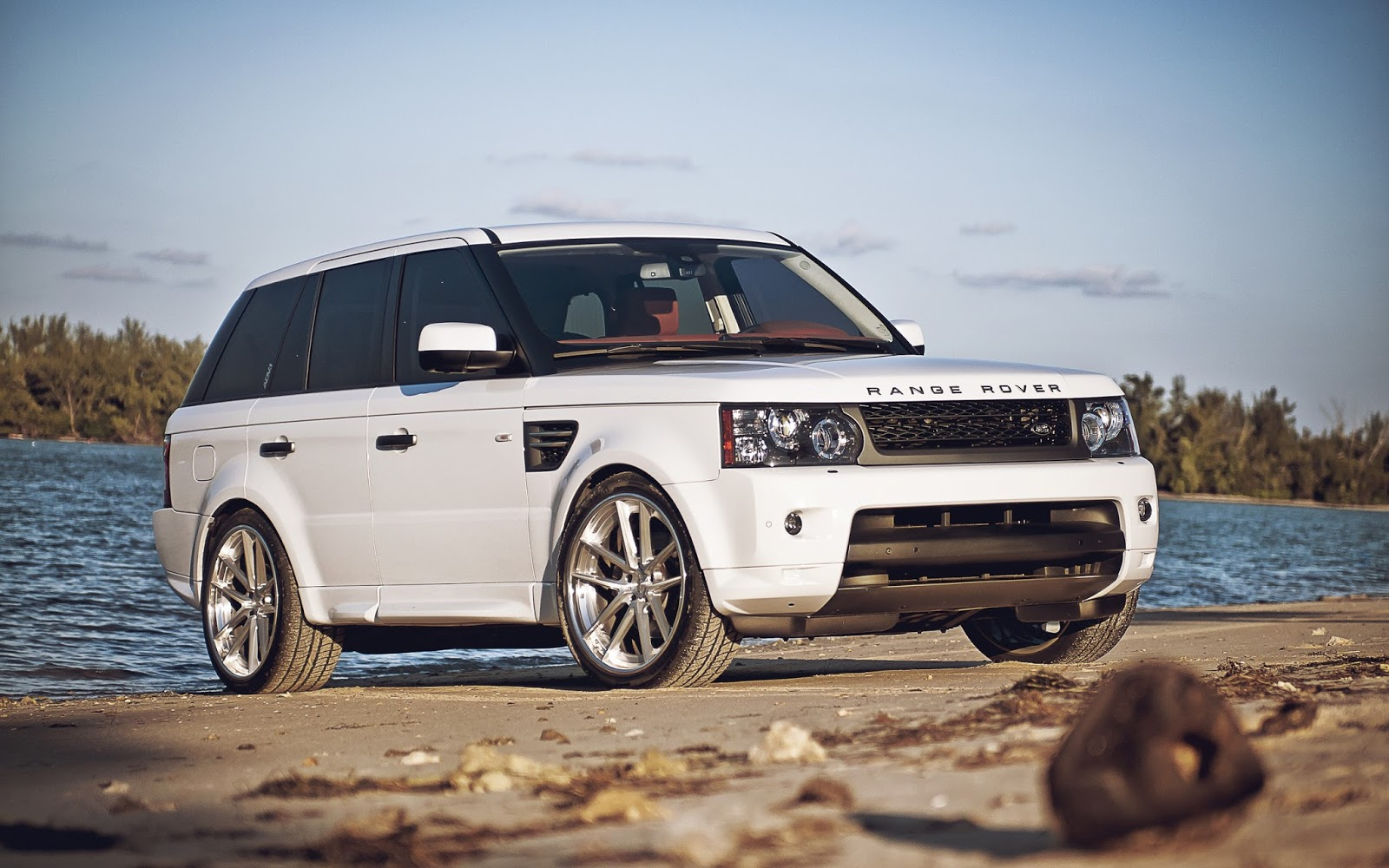 Range Rover Car Wallpapers