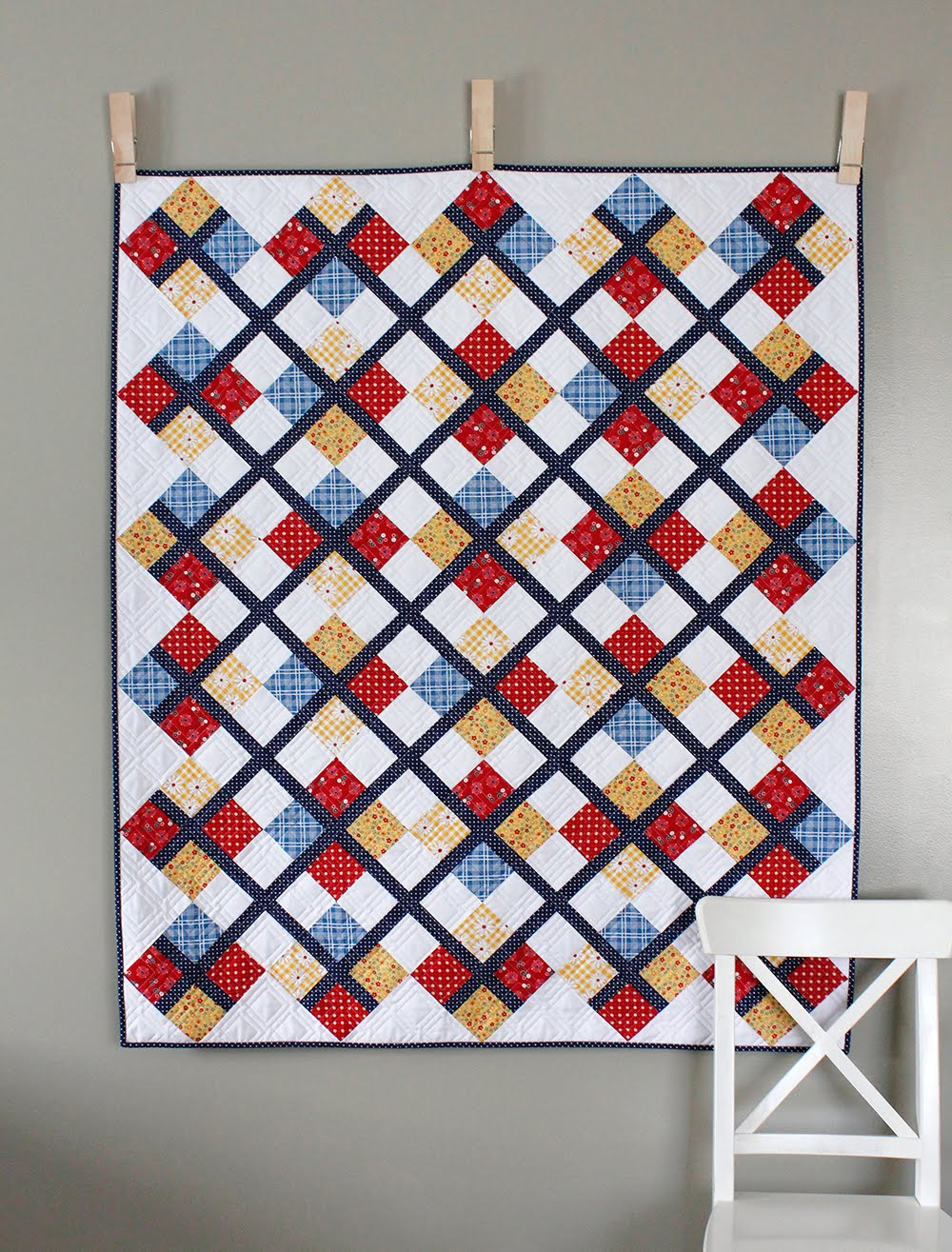 A Bright Corner: Five Fat Quarter Fun - Preppy Quilt Pattern