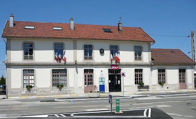 Frasne station, France, Vincent de Morteau, Creative Commons Attribution-Share Alike 3.0