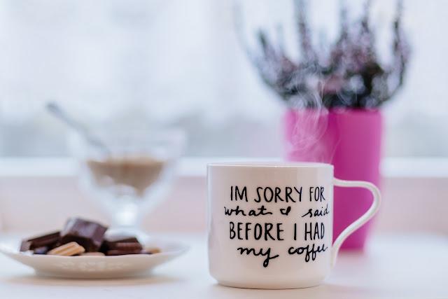 Akcesoria do kawy niezbędne w każdym domu – co warto kupić?