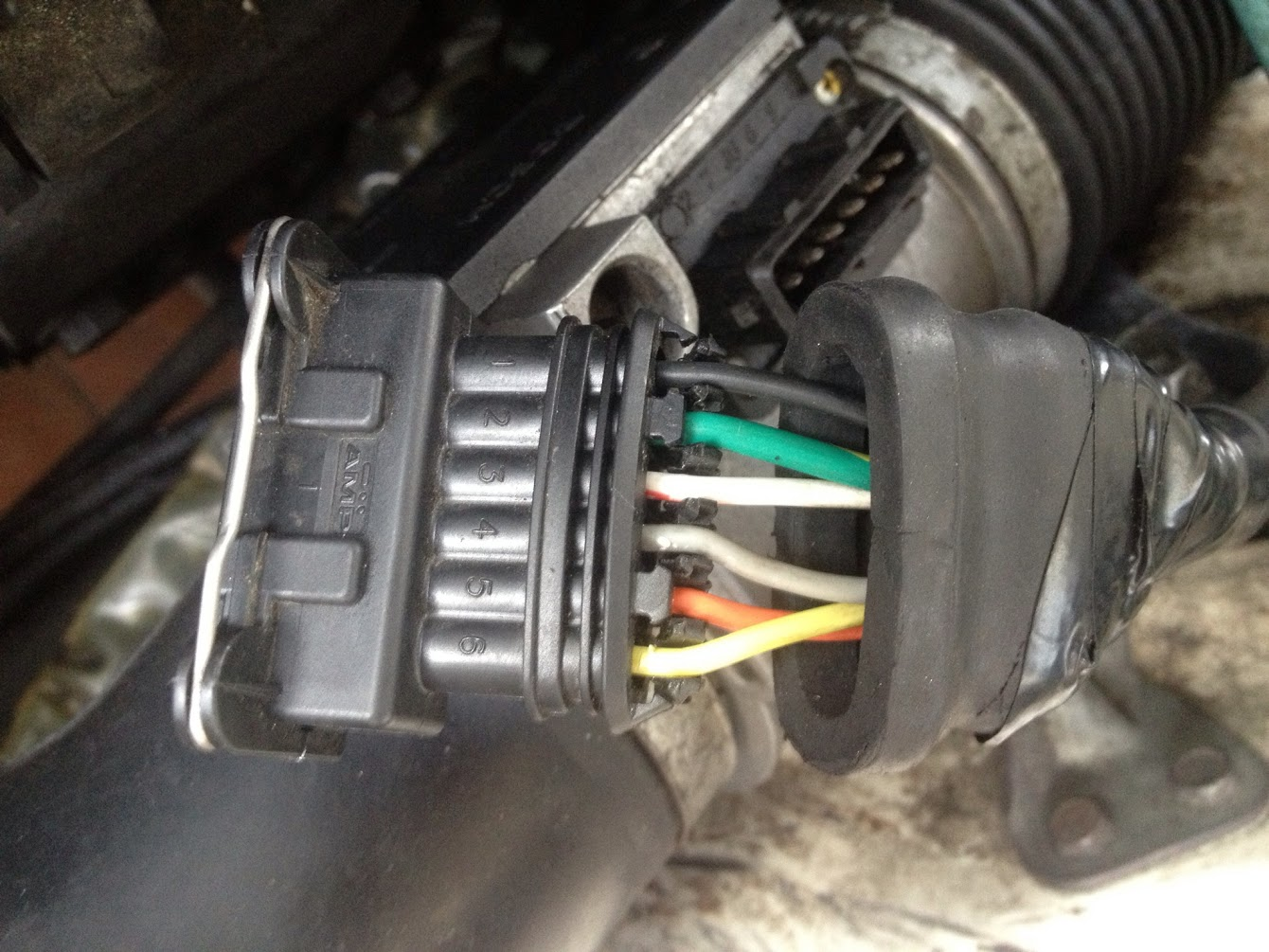 I double-checked the LH2.2 (1986) wiring diagram in my Volvo 240 factory  service manual and verified it matched my junkyard reference connector.