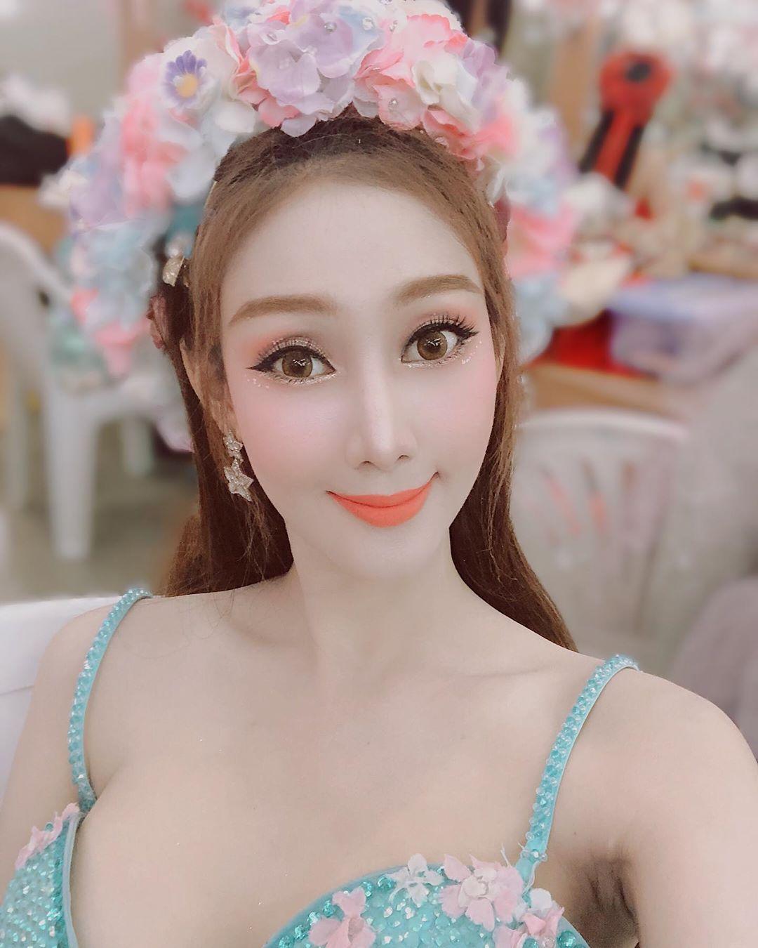 Warinchaya Pila - Most Beautiful Thai Ladyboy Cabaret