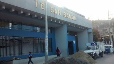 El 50% de ealumnos aproximadamente repiten de grado en el colegio San Ramón de Cajamarca