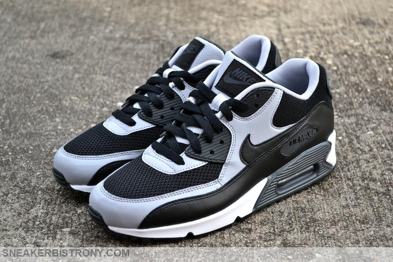 release date: eed43 85d40 Nike Air Max 90 Essential