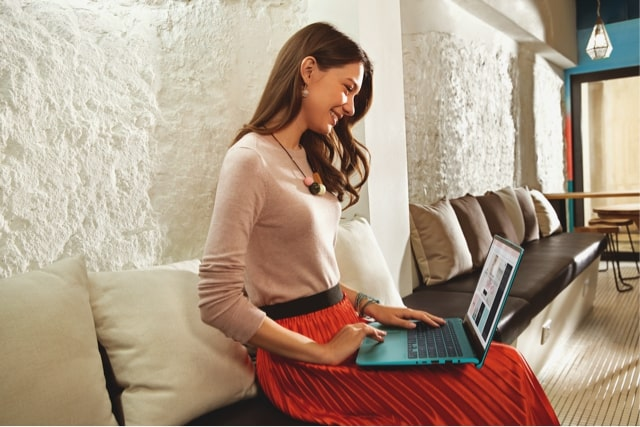 ASUS VivoBook S S430UN Laptop Colorfull Berdesain Inovatif