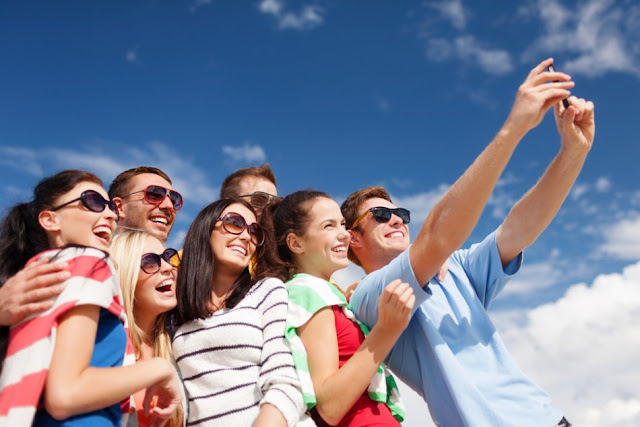 Ternyata Traveling Bareng Sahabat Membuat Hilang Kegalauan Anda Mengenai Status Jomblo
