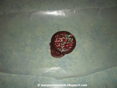 Margaret's Morsels | Chocolate Covered Ritz Cracker Cookies