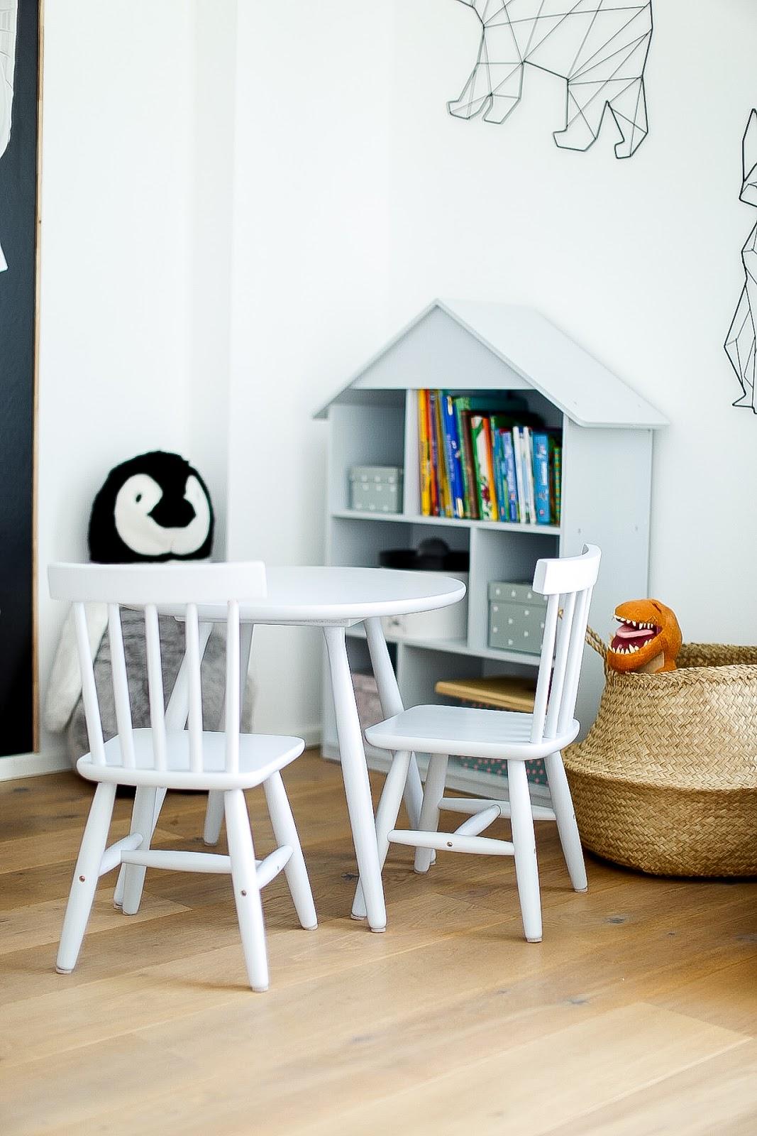 wei e wand nach streichen fleckig ostseesuche com. Black Bedroom Furniture Sets. Home Design Ideas