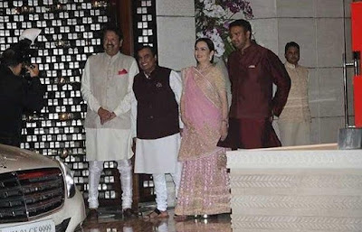 Nita-Ambani-in-isha-engagement