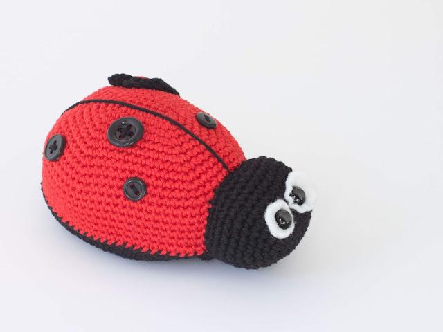 amigurumi-mariquita-ladybug-crochet