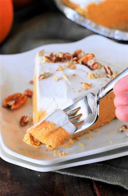 No-Bake Pumpkin Cream Pie picture