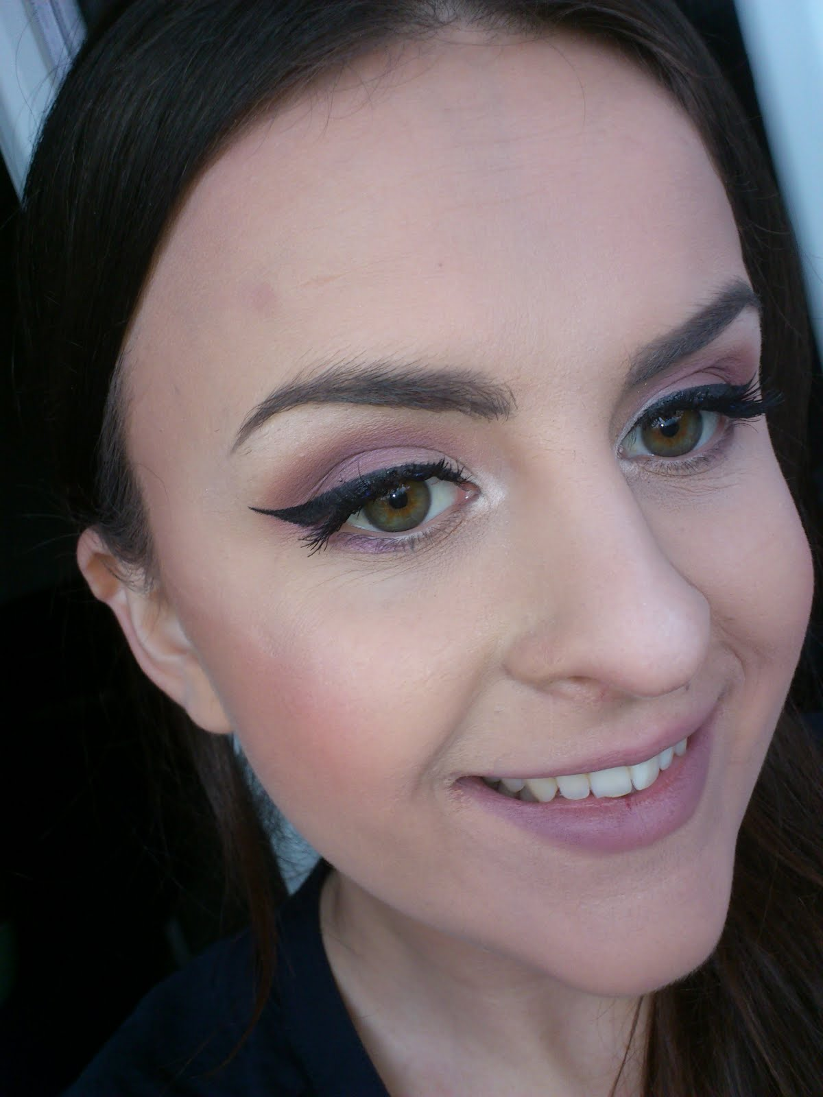 Makeup Post Youtube: Watupkizzerandb: Novi Post / Purple Makeup / 2 Outfita