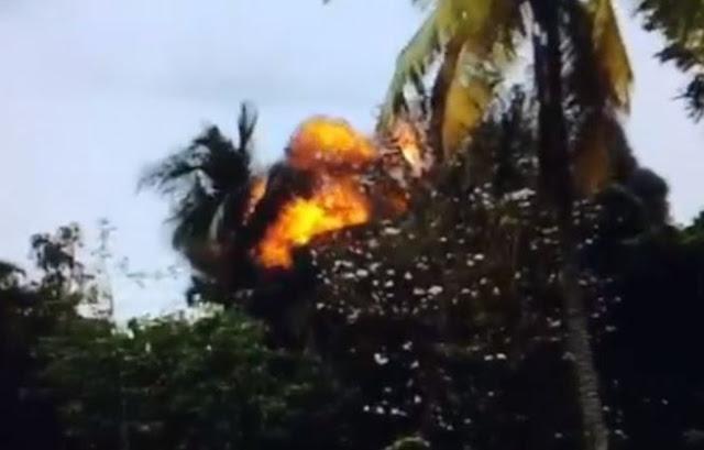 Літак, який впав на Кубі, врізався в ЛЕП - відео