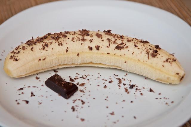 Jeff de Bruges - Tablette N°1 Côte d'Ivoire Noir 70% - Tablette Jeff de Bruges - Chocolat Belge Tablette Jeff de Bruges - Dessert - 70% Cacao - 70% Cocoa - Dark Chocolate 70% - Chocolat Noir 70% - Dégustation - Chocolat Afrique - Le Chocolat Rend Heureux ! - Chocolate makes you happy ! - QPP Jeff de Bruges - Chocolate - Banana - Banane