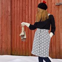 https://laukkumatka.blogspot.fi/2018/03/suoraviivainen-hame-mod-skirt.html