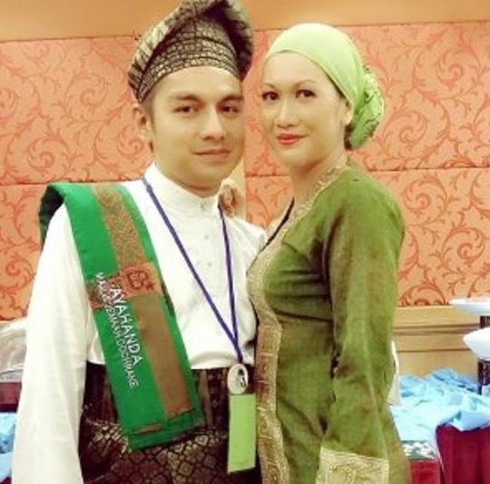 Wanita Kantoikan Identiti Sebenar Boy Iman Dalam PEKIDA.