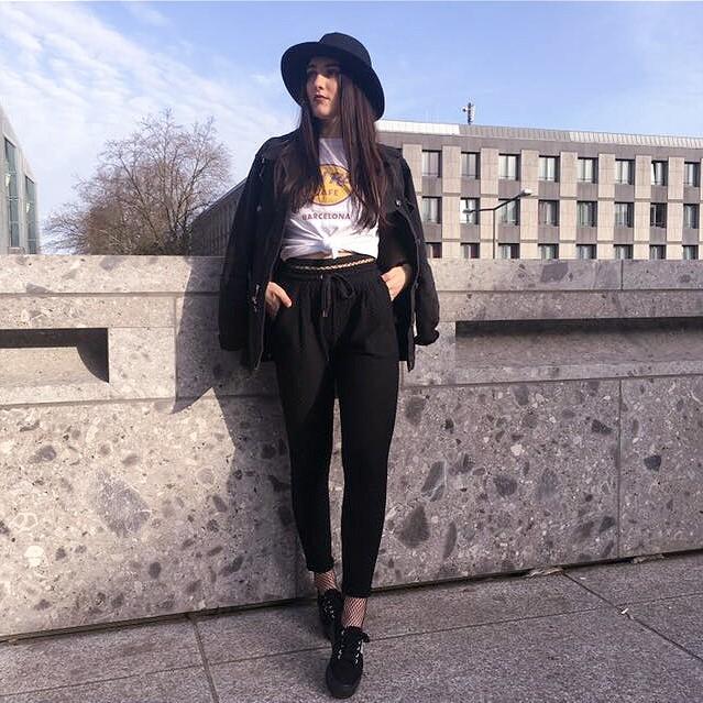 grunge, grunge style, fashion, mode, fashion blogger, blogger deutschland, deutsche blogger, mode blogger, fashionblogger,superga, review, primark, nicole vienna, fishnet tights