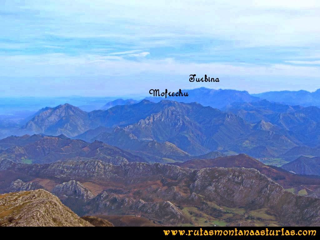 Ruta Montaña Pienzu: Vista del Turbina y Mofrechu