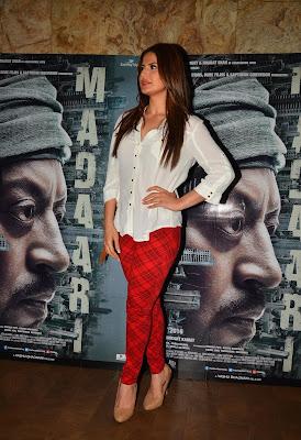 BLANCA: Zareen Khan Xxx Sex Blue Film