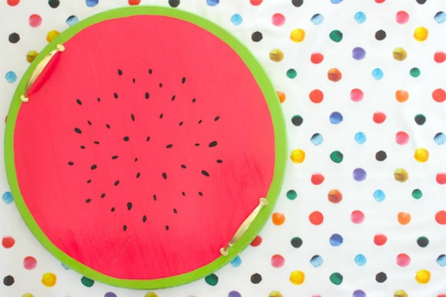 Turn a circular serving tray into a watermelon serving tray!