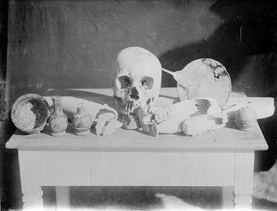 Βρίσκεται, πράγματι, ο τάφος του Σοφοκλή στη Βαρυμπόμπη;