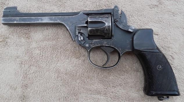 WWII British Enfield No 2 MK I Tanker Revolver .38