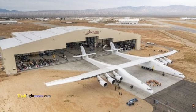 stratolaunch,Largest Airplan,largest airplan flight,world Flight,world largest airplane,biggest airplane,latest news,news today,latest breaking news,news latest,tech,tech news,technology,technology news,tech light news,information technology,biggest aircraft,biggest,biggest plane,largest plane,Stratolaunch Systems,nasa,space,news,airplane,Burt Rotan,biggest airplane 2017,2018,2019,biggest airplane 2018