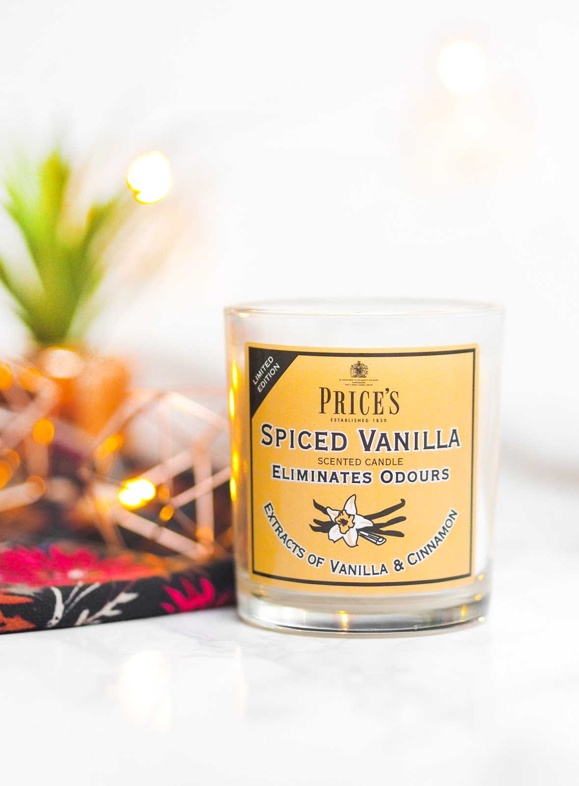 Price's Candles Spiced Vanilla Fresh Air Candle