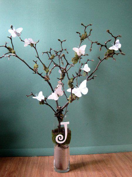 Ecco come realizzare un centrotavola con le farfalle - Como decorar un arbol seco ...
