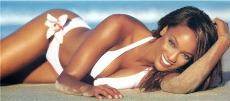 Tyra Banks Sexy Sci-Fi Super Model