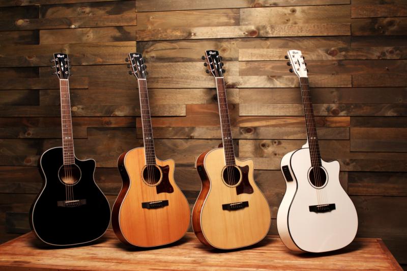 Gitar akustik konvensional | Foto: Mubarock