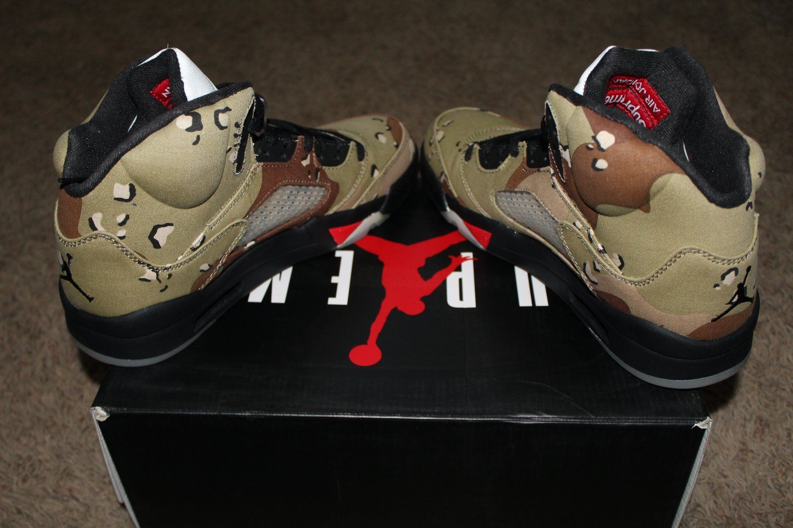 6ed30050f45dd9 Gergasi bundle  Air Jordan 5 Retro x Supreme