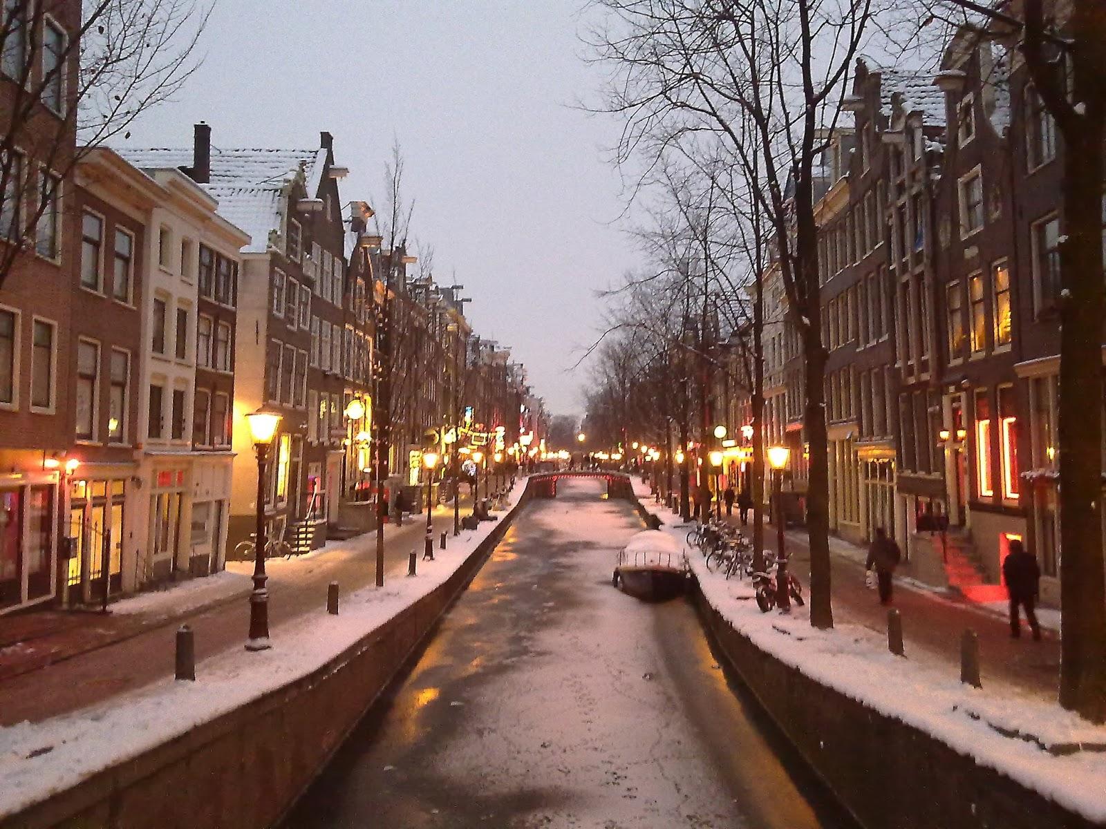Patrimonio de la Humanidad en Europa y América del Norte. Países Bajos. Zona de los canales concéntricos del siglo XVII del Singelgracht de Amsterdam.