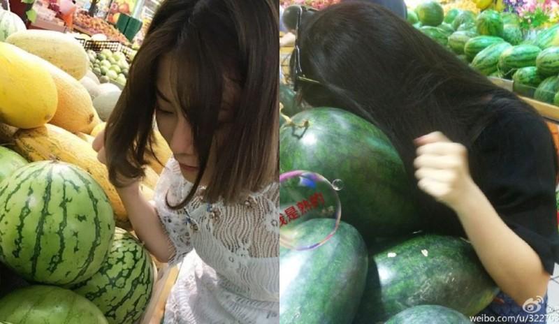 Kebiasaan orang China mengetuk buah semangka