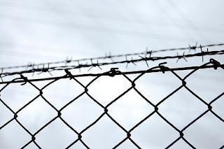 origen de las cárceles