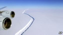 Iceberg gigante está se formando e pode se soltar a qualquer momento; veja vídeo