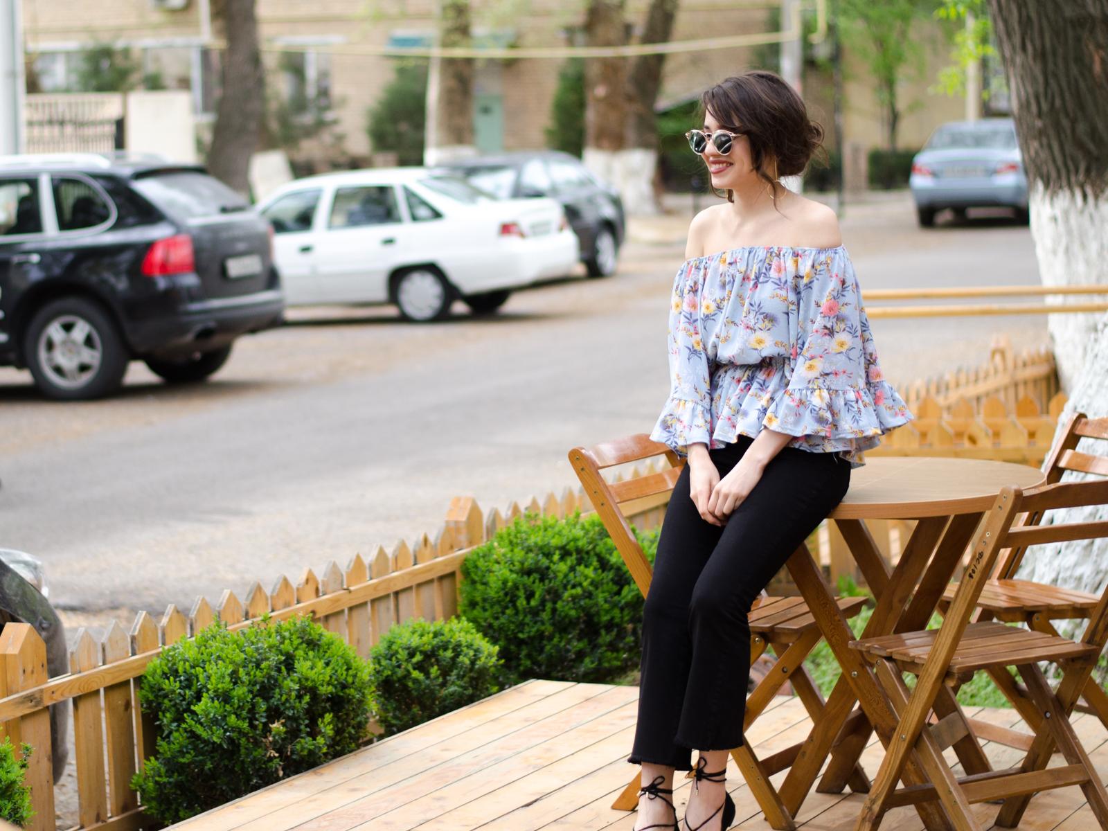 fashion blogger diyorasnotes diyora beta offshoulderstop mango jeans
