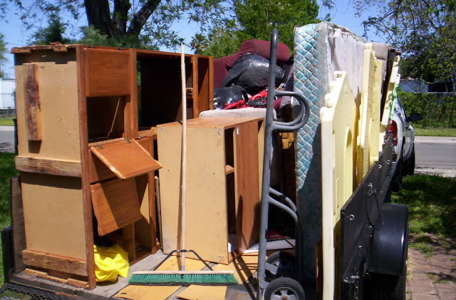 How Hiring a Hauling Away Junk Removal Service Can Save Your Time