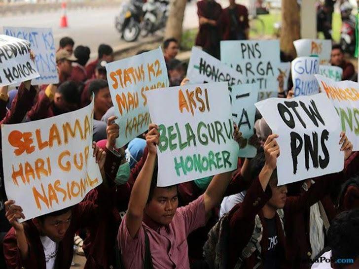 Tiap Tahun 100 Ribu Honorer Jadi PNS, Lalu Berhenti Pada Era Jokowi