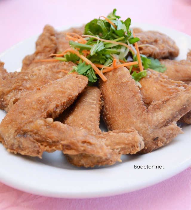 Prawn Paste Chicken Wings (RM12 ; RM18 ; RM24)
