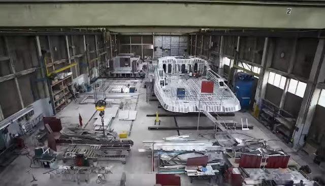 Δείτε πως κατασκευάζεται ένα super yacht σε ένα βίντεο time lapse 5΄λεπτών