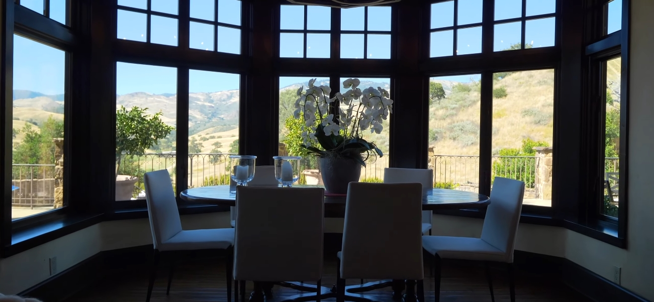 18 Photos vs. $25 Million Dollar California Home In Santa Ynez Interior Design Tour