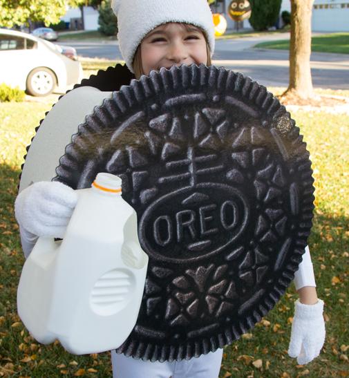 Oreo+costume4.jpg