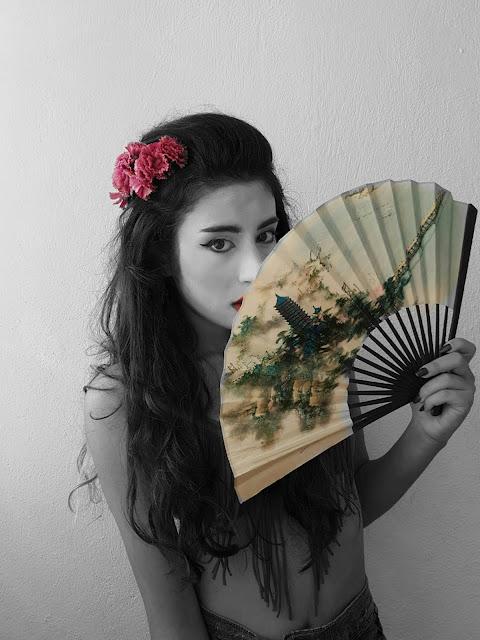 Güney Kore sevdalısı Yura 유라 Kaori 香り