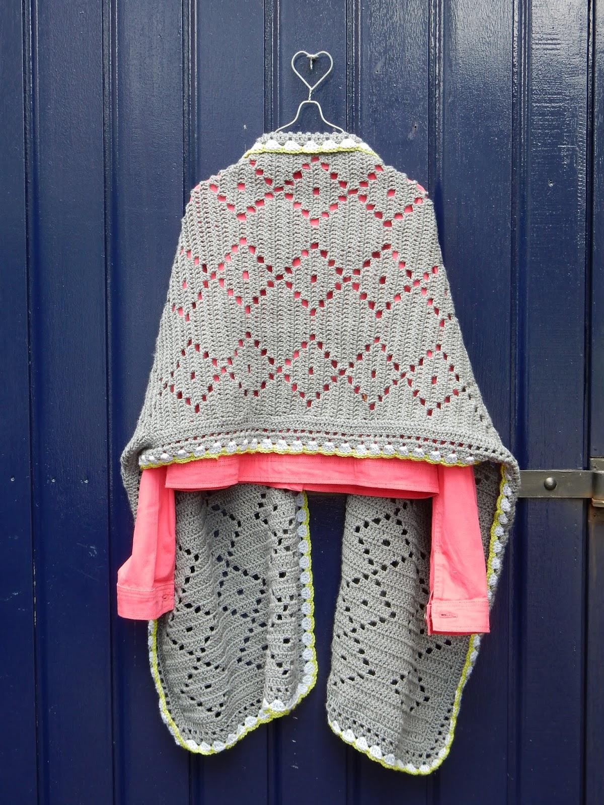 Fonkelnieuw rode dahlia: Een grote warme brede sjaal. XL-03