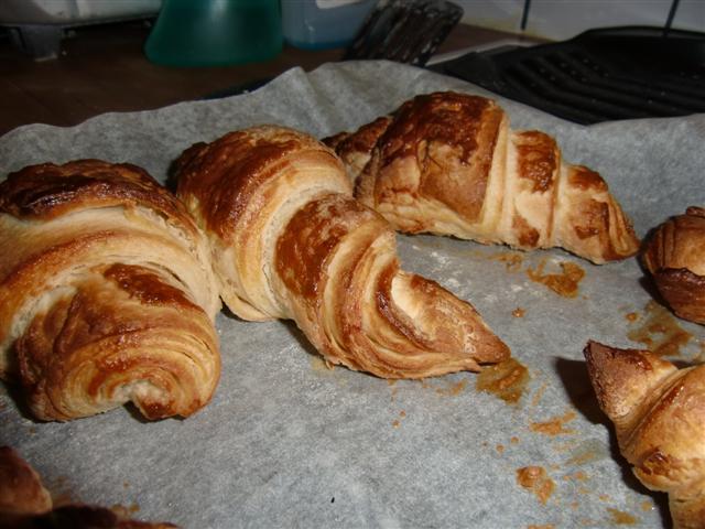 Croissants aus selbstgemachten Plunderteig - Foodblog Topfgartenwelt