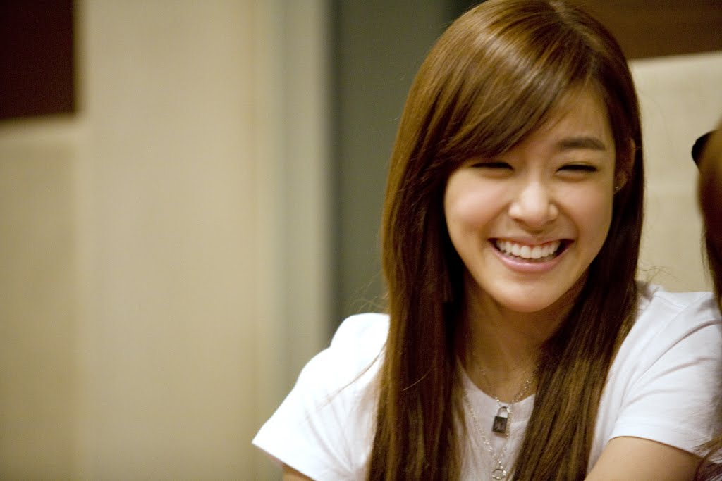 ♥blessed life♥: Tiffany, a devoted Christian girl