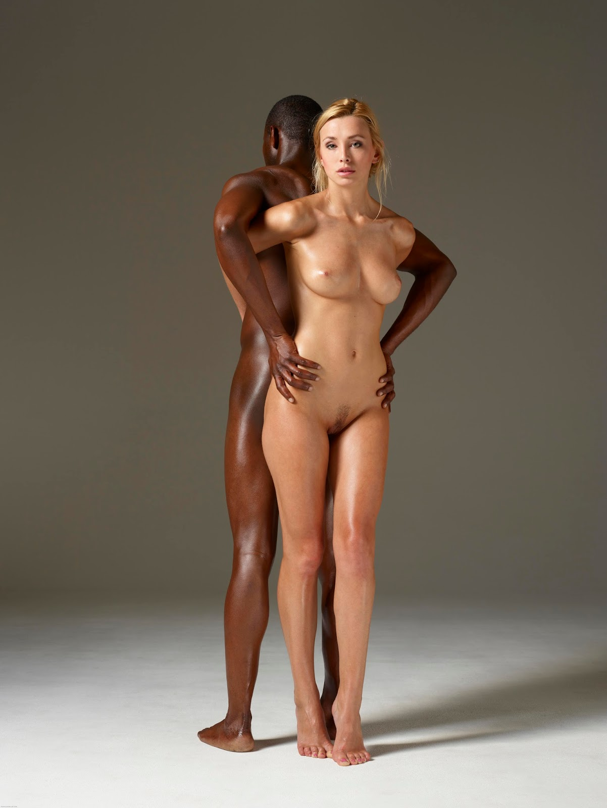 Are Beautiful naked girls having sex with black men