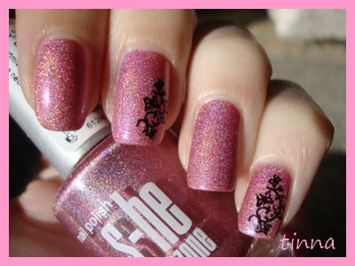 BEST MANICURES IN 2011